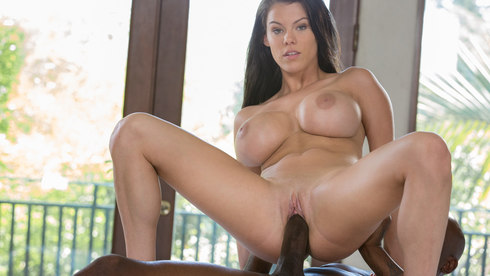 Peta Jensen & Flash Brown – Big Boob Secretary Does Her Black Boss – Blacked