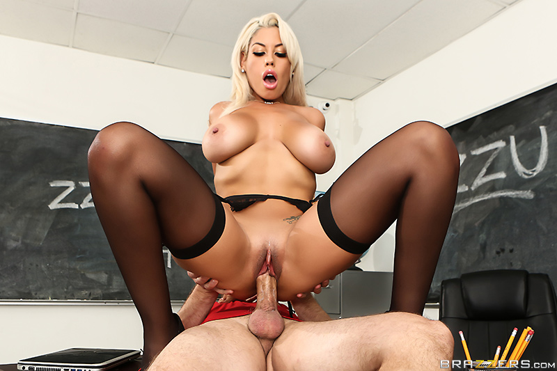 Bridgette B & Bill Bailey – Highbrow Pussy