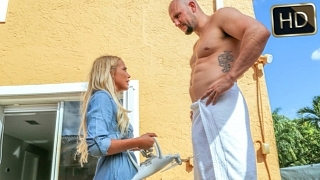 Brice Bardot Alone With A Drone – Exxxtra small – TeamSkeet