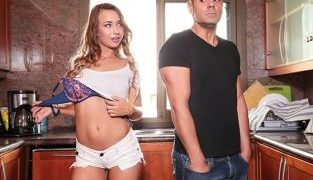 RealityKings – Taylor Sands Rommate Potential MikesApartment