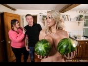Amber Jayne – New To Nudism – Milfs Like It Big