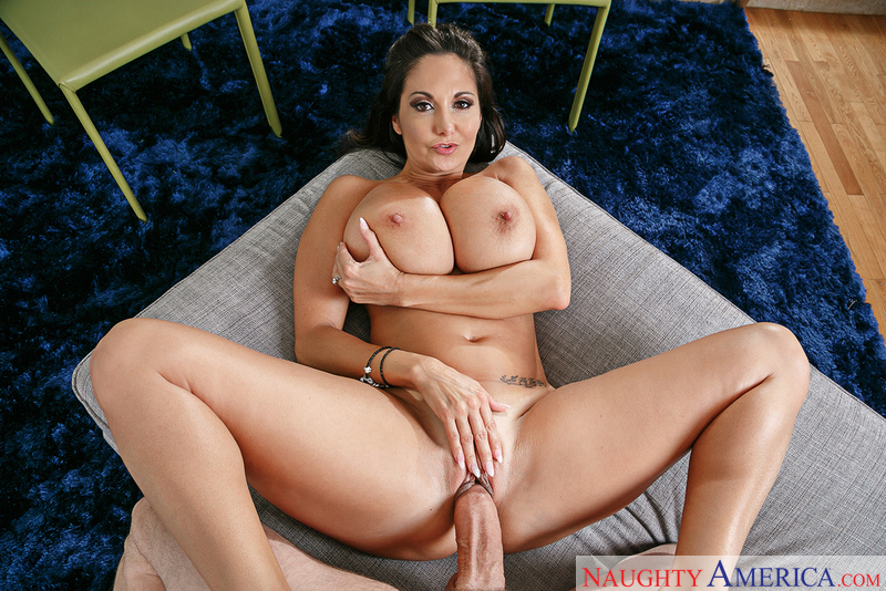 Ava Addams & Preston Parker in Housewife – NaughtyAmerica