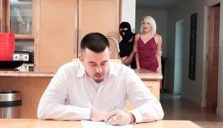 RealityKings – Rhonda Rhound Robber Banged My Girlfriend RKPrime