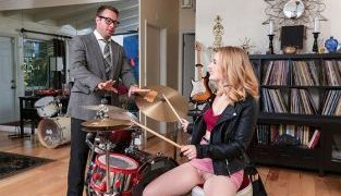 RealityKings – Abby Adams Pound Her Drums SneakySex