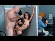 Lana Mars – Office Princess – Sneaky Sex