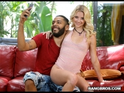 Riley Star – Riley Star Fucks a Fan – BangBros 18   – Brazzztube