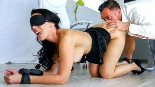 Rachel Starr – Gets Railed by Her Boss – Ass Parade  – Brazzztube
