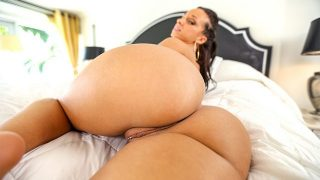 Jada Stevens – Big ass twerks on a big cock – AssParade  – Brazzztube