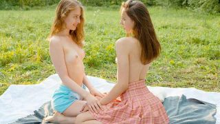 Alice Kingsly, Flicka Luchik – Hot chicks lick clits in field – BeautyAngels  – Brazzztube