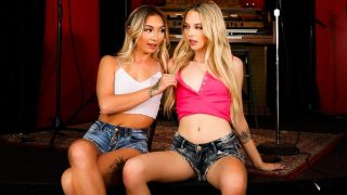 Chloe Temple, Lily Larimar – It's Okay, We're Just STEP Sisters!  – Brazzztube