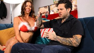 Alexis Fawx – All I Want For Christmas Is Dick – BrazzersExxtra  – Brazzztube